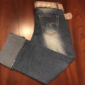 Angels Jeans Capri ~ Size 7 ~ NWT ~ With Belt